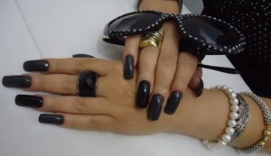 grey and black nails